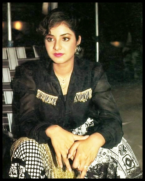 Post by Divya Bharti on 09-May-2019 08:41pm