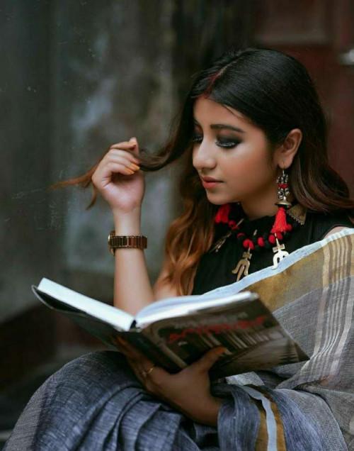 #હુંStatus in Hindi, Gujarati, Marathi   Matrubharti